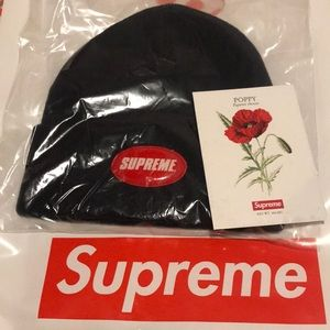 Supreme SS18 Patch Beanie NAVY